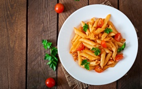 Обои pasta dish, tomato sauce, wood, table