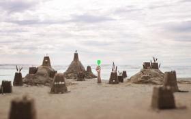 Картинка песок, море, рука, замки