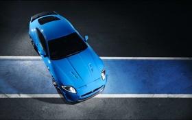 Картинка полосы, ягуар, Jaguar XKR S 2011, асфальт, вид сверху, синий, разворот