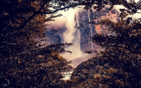 Картинка деревья, брызги, скала, ветви, водопад
