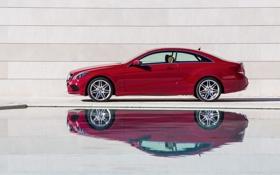 Обои отражение, Mercedes-Benz, Красный, Авто, E-Class, Купэ, Вид сбоку