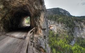 Обои небо, горы, скала, тоннель, деревья
