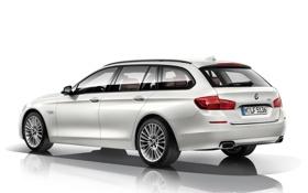 Обои белый, фон, BMW, автомобиль, Touring, 550i, Luxury Line