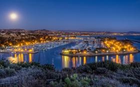 Картинка море, горы, огни, дома, яхты, вечер, порт
