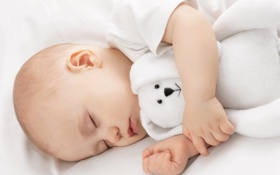 Обои игрушка, сон, мишка, ребёнок
