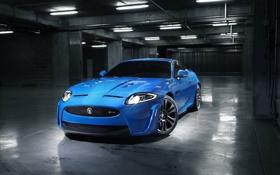 Обои синий, фото, гараж, ягуар, Jaguar XKR S 2011