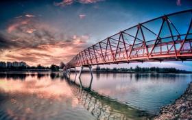 Обои небо, облака, мост, город, река, фон, берег