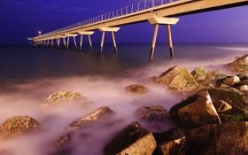 Картинка море, небо, ночь, огни, камни, берег, пирс