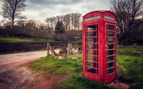 Картинка дорога, трава, деревья, Англия, красная, телефонная будка, England