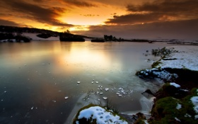Картинка закат, scotland, осколки, небо, озеро, шотландия, зима