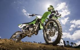 Обои зеленый, мотоциклист, Kawasaki KX85, мотоцикл