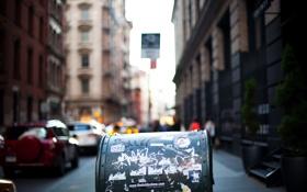 Картинка машины, город, здания, эффект, боке, почтовый ящик