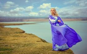 Картинка небо, пейзаж, обрыв, ветер, платье, блондинка