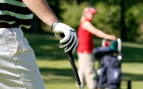 Обои golf, golf clubs, players, relax