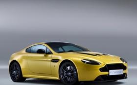 Обои car, Aston Martin, yellow, V12, fon, Vantage S