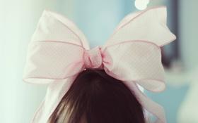 Обои девушка, фон, розовый, обои, настроения, брюнетка, бант