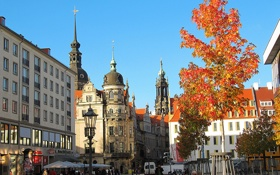 Картинка осень, небо, дерево, улица, башня, дома, Германия