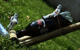 Обои grass, star war, coke