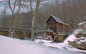 Картинка зима, снег, деревья, мост, дом, река, колесо