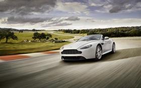 Обои природа, Aston Martin, спорт, драйв, скорость, трасса, автомобиль
