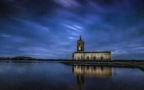Обои небо, облака, озеро, отражение, зеркало, церковь