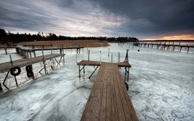 Картинка пейзаж, закат, мост, озеро, лёд