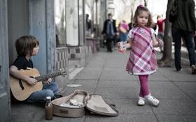 Обои улица, гитара, ситуация, мальчик, девочка, музыкант
