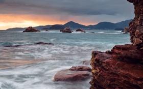 Картинка закат, камни, скалы, вода, волны, море