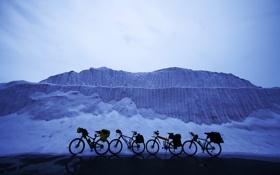Картинка снег, пейзаж, велосипеды