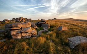 Картинка поле, пейзаж, закат, камни