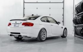 Обои белый, bmw, бмв, тень, покрышки, white, tyres
