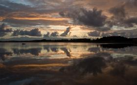 Картинка облака, закат, озеро, берег, лодка, вечер