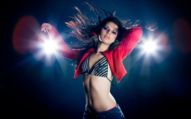 Картинка яркие, танец, освещение, брюнетка, вспышки, Dance girl, extra make-up