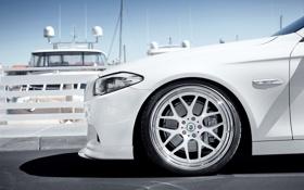 Обои бмв, яхты, BMW, причал, белая, white, диск