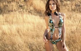 Картинка купальник, трава, девушка, модель, шатенка, Diana Morales, Диана Моралес