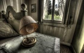 Обои окно, лампа, стол