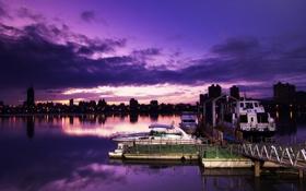 Обои город, река, причал, ночь, вечер, катера
