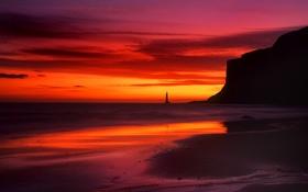 Картинка море, небо, облака, скалы, берег, маяк, вечер