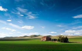 Обои поле, небо, горы, домик, австралия