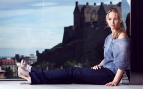 Картинка Jennifer Lawrence, стекло, актриса, голодные игры.