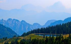 Обои бассейн, деревья, горы, небо, дымка, озеро