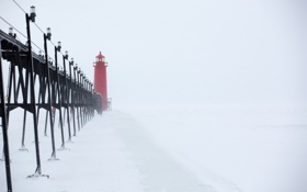 Обои Grand, Winter, Snow, lighthouse, Lake, Michigan, Pier