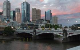 Обои небо, облака, мост, река, транспорт, небоскреб, дома