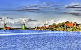 Картинка море, небо, облака, деревья, дома, мельница, канал