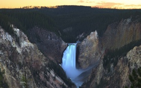 Картинка пейзаж, скалы, лес, Lower Yellowstone Falls, The Grand Canyon of Yellowstone National Park, национальный парк, ...