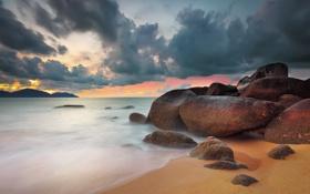 Картинка море, небо, закат, тучи, камни, скалы