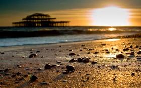 Картинка песок, море, пляж, солнце, макро, камни, размытость