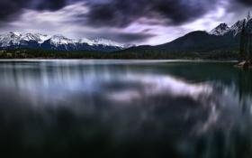 Обои горы, природа, озеро, отражение, Canada, Pyramid Lake in Alberta