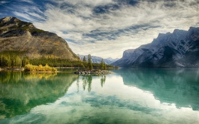 Картинка пейзаж, осень, Канада, Альберта, озеро, деревья, banff national park