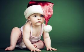 Обои праздник, шапка, ребенок, Новый Год, малыш, зеленый фон, новогодняя